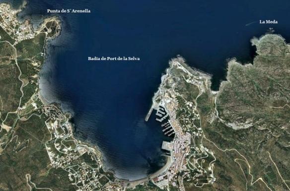 La badia de Port de la Selva és el marc on es desenvolupa el relat